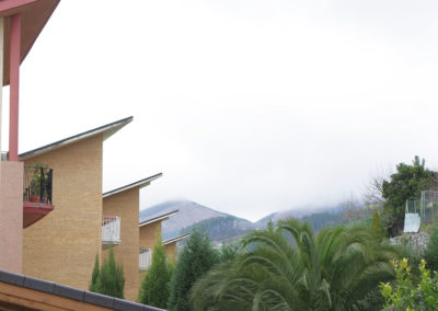 12 viviendas en Isasi II